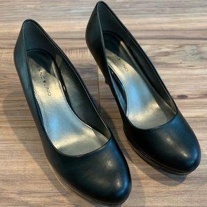 NWOT leather heels